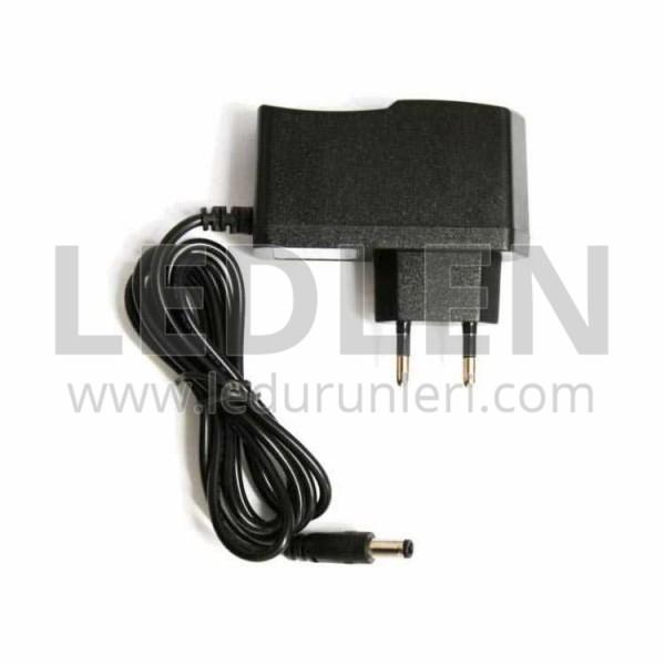 12 Volt 1 Amper Priz Adaptör